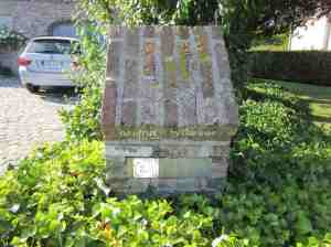 9.Snails_covered letterbox