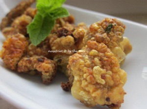 Voilà! My version of the crispy chicken cracklings.  YUMMY!