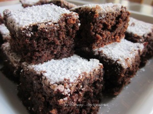 I dusted the brownies with icing sugar to give them a Chrismassy feel... Is this moist or is this moist? One word to describe - YUM!