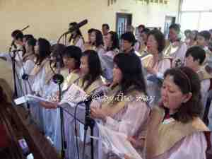 9c-astrid_church-choir